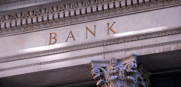Je kleiner die Bank, desto größer die Compliance-Herausforderungen